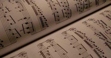 La Fundación Cultural Latin GRAMMY acepta solicitudes para sus Becas Talento y Becas de Asistencia para Matrícula