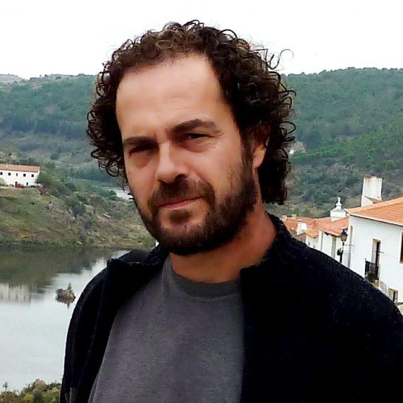 Foto de >José Luis González